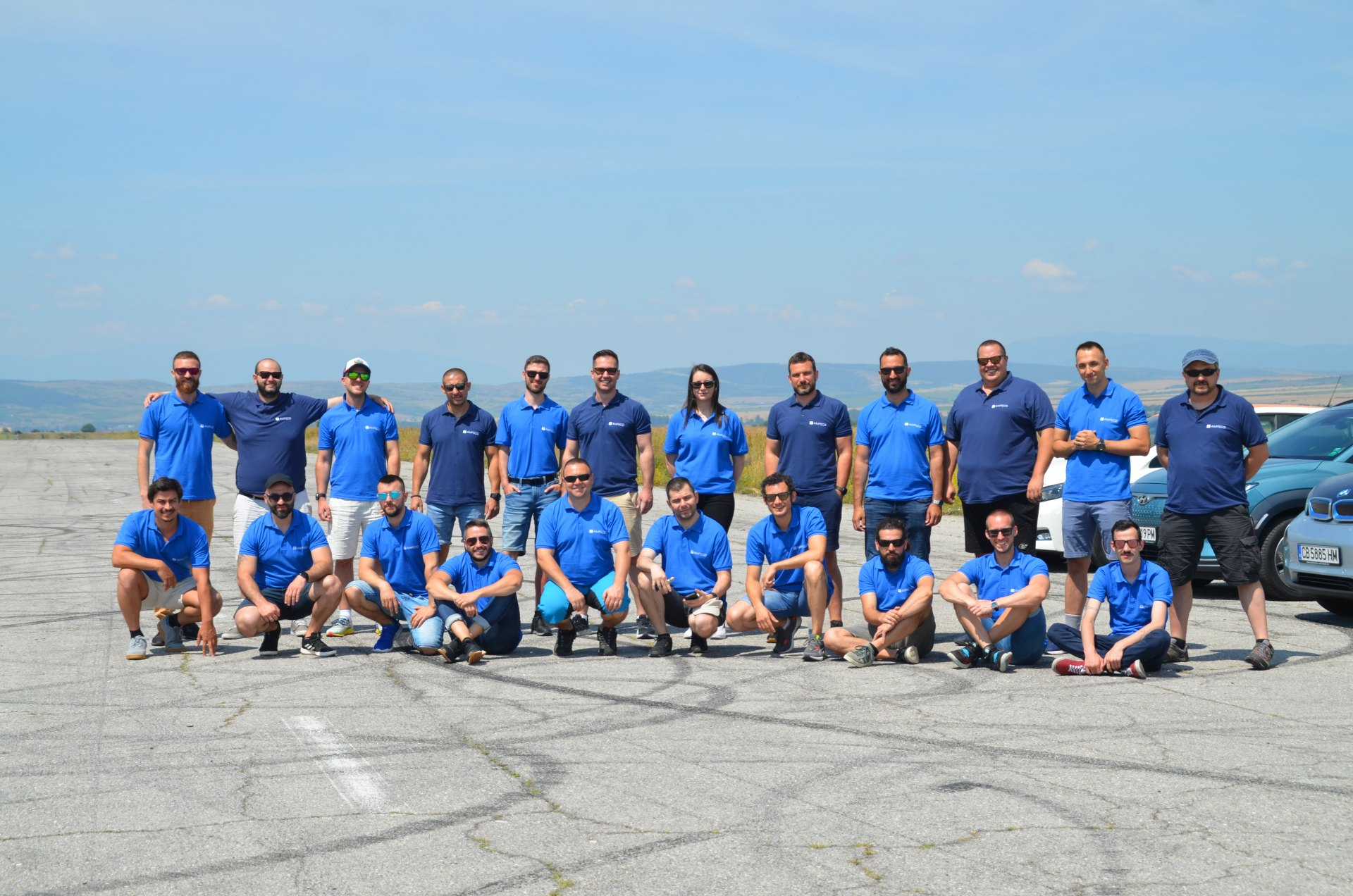 AMPECO Fully Electric Team Building 21'